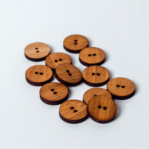 Arrow Mountain Bamboo Button - Line 18mm