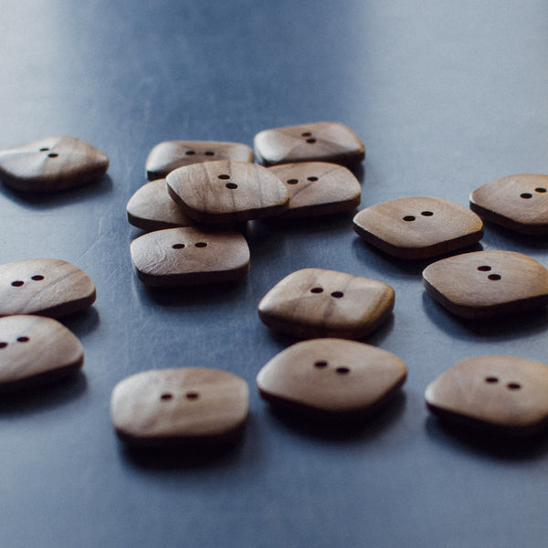 Olive Wood Button, natural square 2 hole 38mm - pack 2