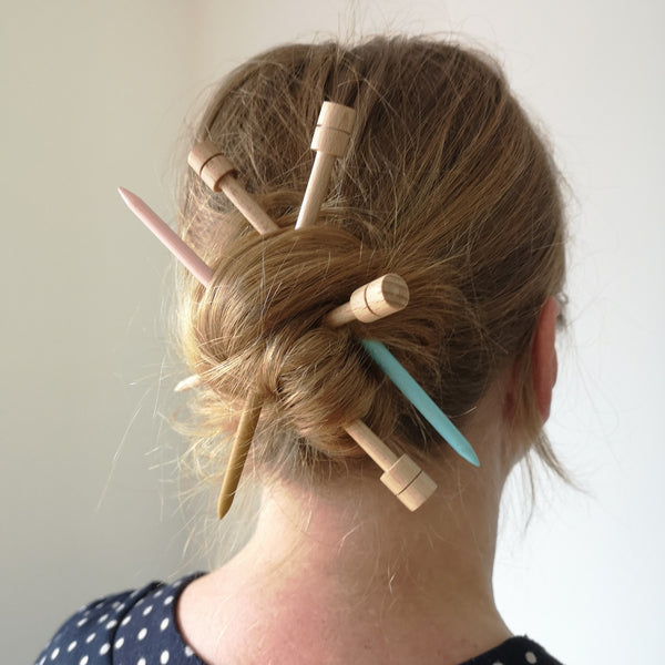 Wooden knitwear/hair pin by Serradura