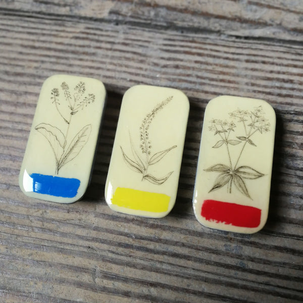 Tiny Tins by Leigh Shepherd - Natural Dye Collection