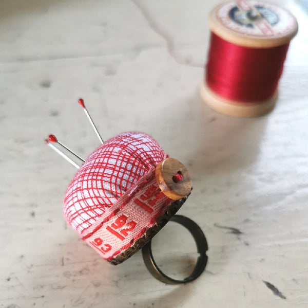 Mini Pincushion Ring