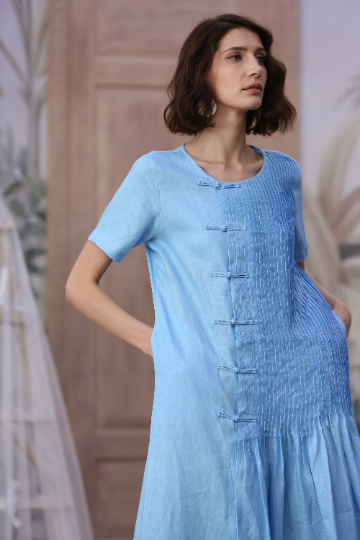 VETIVER 05 | Pintucked linen dress