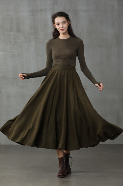 The Soft Lawn 12 | Moss Green Wool Skirt