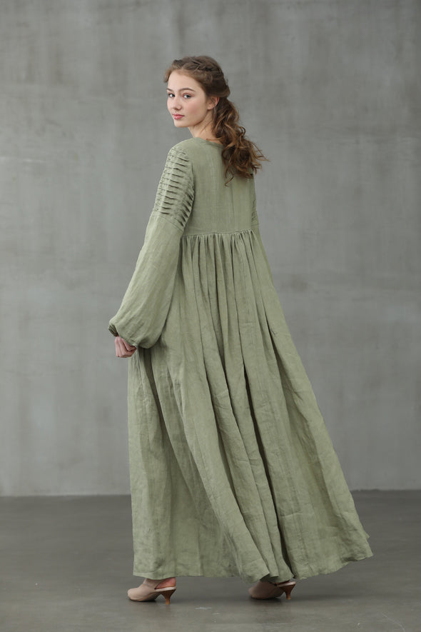 Chamomile 19 | maxi linen dress in pastel green