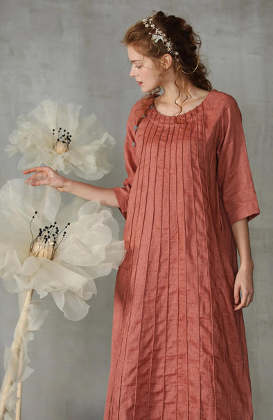Patchouli 36 | pintucked linen dres