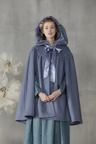 Hooded wool cloak cape  | Linennaive®