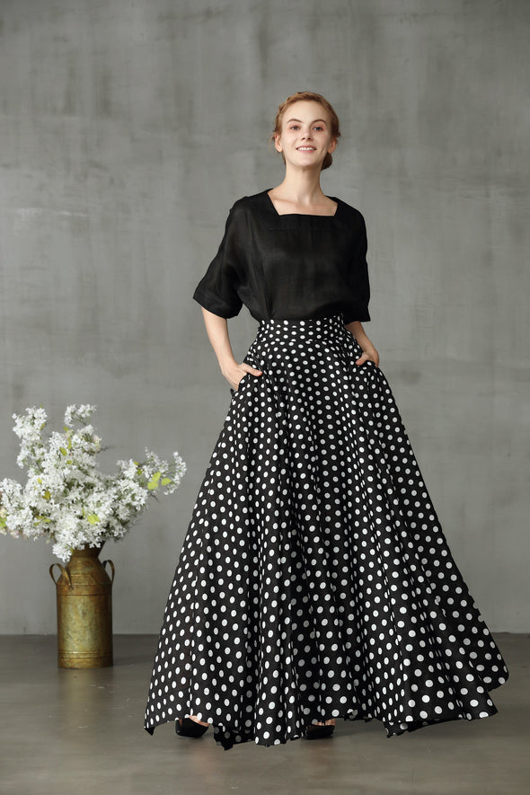 Cherry 22 | black polka dot skrit
