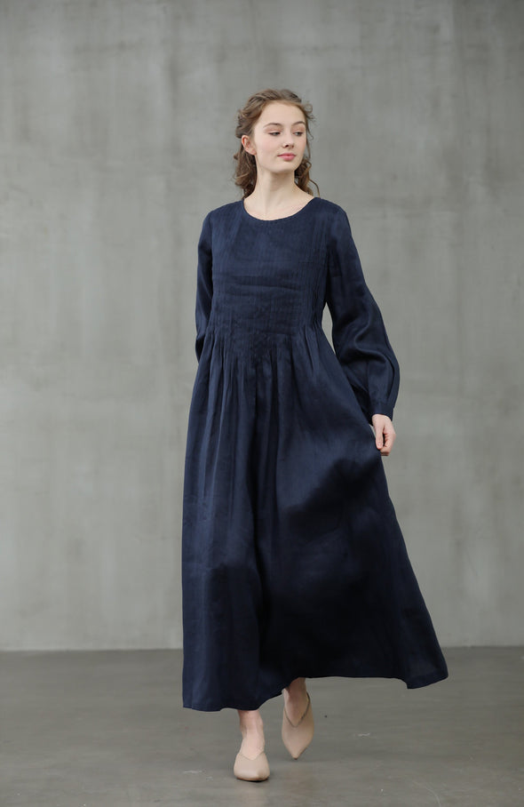 Forget Me Not 31 | Pleated linen dress