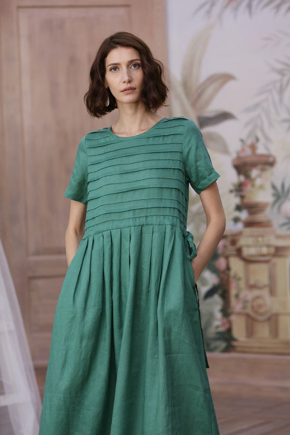 Gypsophila 32 |layered emerald green linen dress