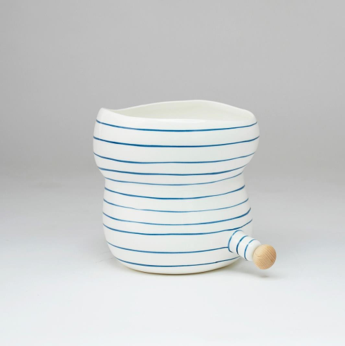 Angus & Celeste Small Pourer Pot