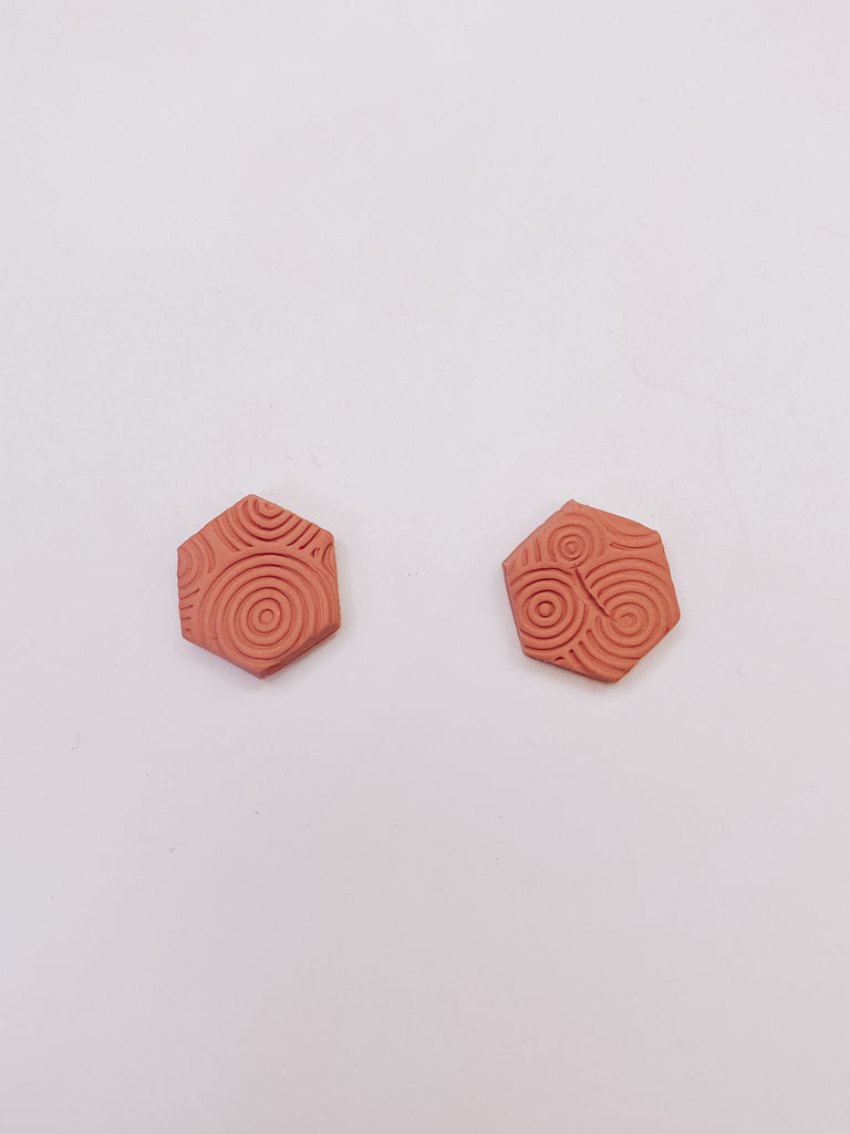 Roots and Mirrigal Of The Earth Studs - Sand