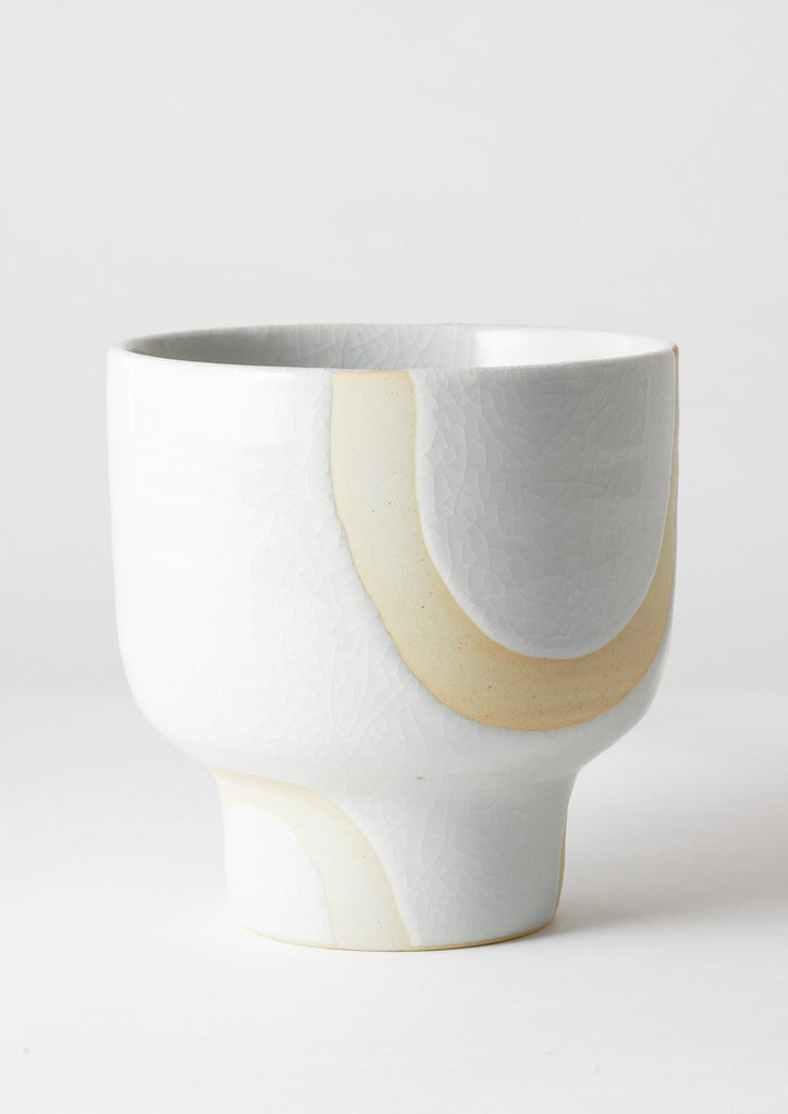 Angus & Celeste Riverstone Pot - White Bend