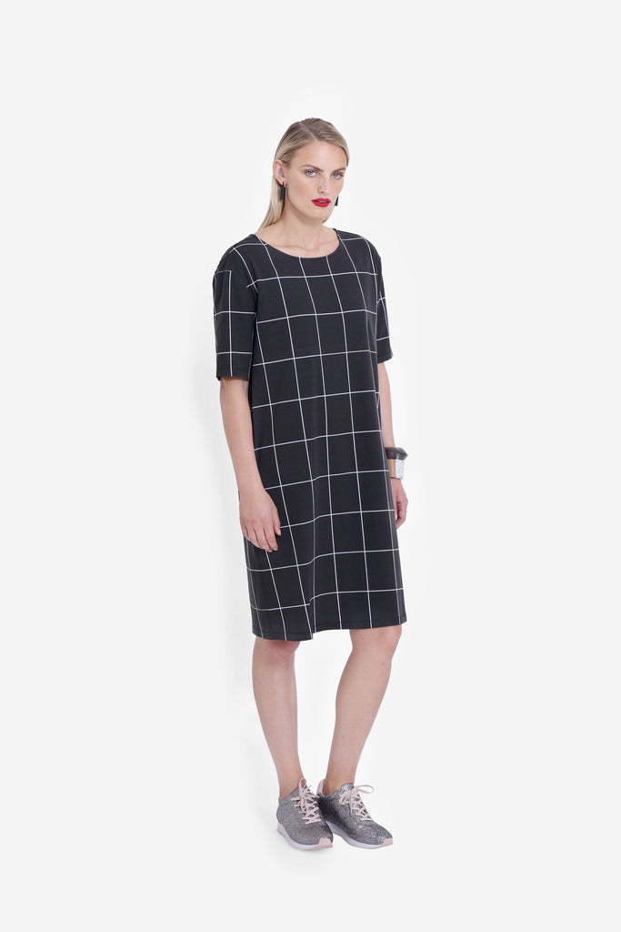 Elk Trige Dress - Black