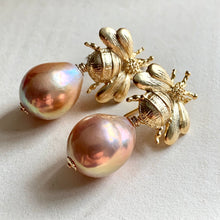 Load image into Gallery viewer, Peach Gold AAA Edison Pearls & Bees
