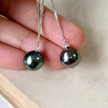 Load image into Gallery viewer, Mismatched AAA Peacock Tahitian Pearls 925 Silver Threaders