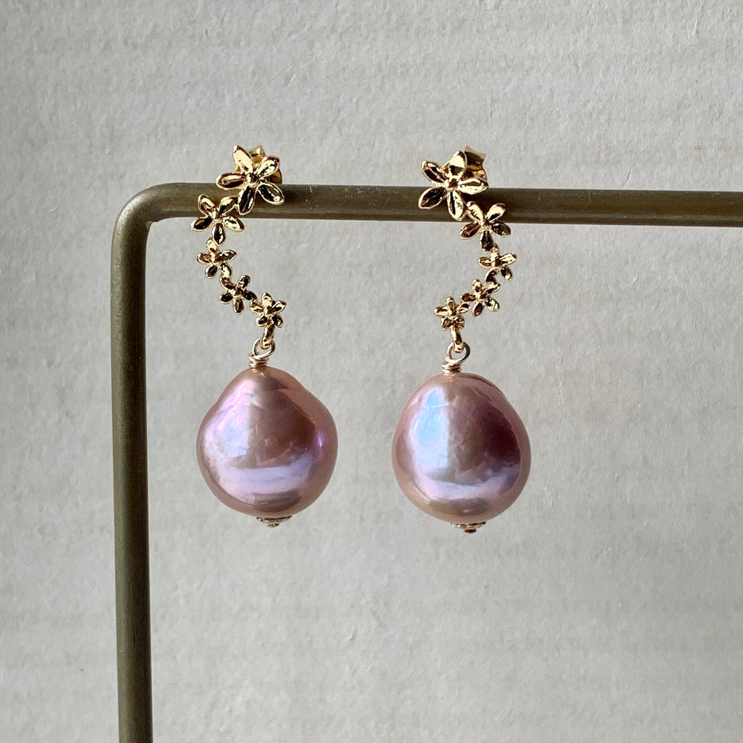 Copper-Pink Edison Pearls on Curved Flower Studs