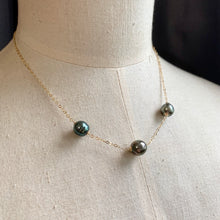 Load image into Gallery viewer, Trio Tahitian Pearl Necklace 14kGF