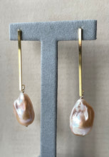 Load image into Gallery viewer, Large Peach Baroque Pearls on Goldplated Long Bars