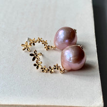 Load image into Gallery viewer, Copper-Pink Edison Pearls on Curved Flower Studs