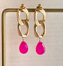 Load image into Gallery viewer, Hot Pink Chalcedony on Gold Links