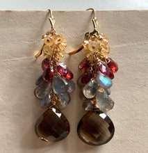 Load image into Gallery viewer, Gion Nights Earrings