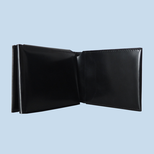 MAN TRIFOLD CARD WALLET
