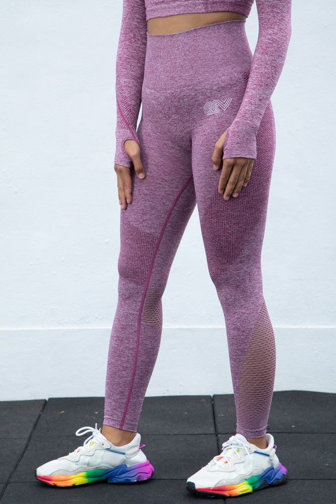 SNUG Leggings
