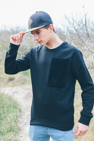 Fulong Sweater Black