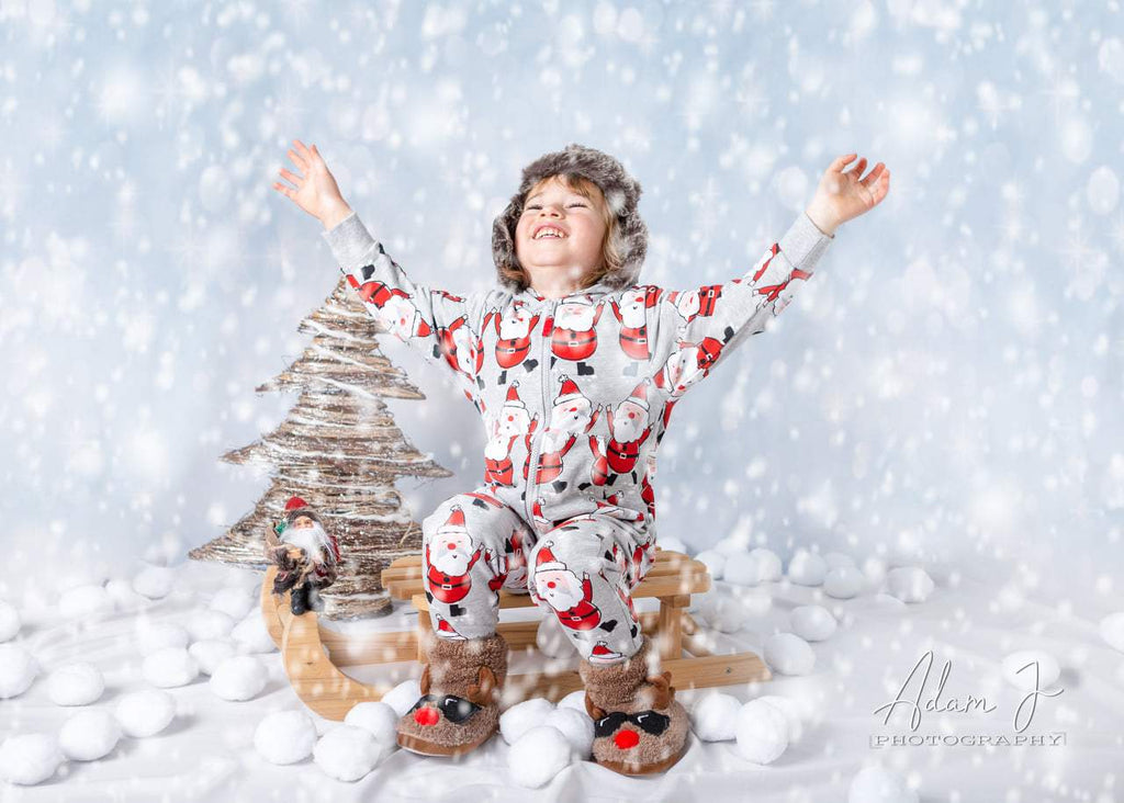 White Snow Sparkles Bokeh In Sunshine For Holiday Photo Backdrop