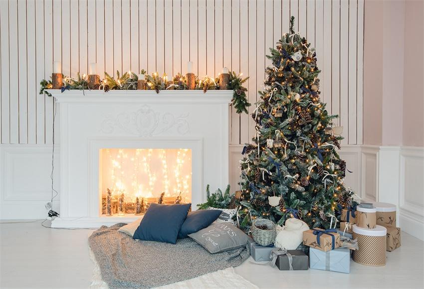 White Wood Wall Christmas Tree Backdrop for Picture