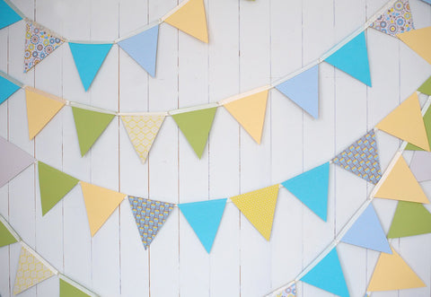 White Wood Wall Flags Birthday Backdrops for Photos