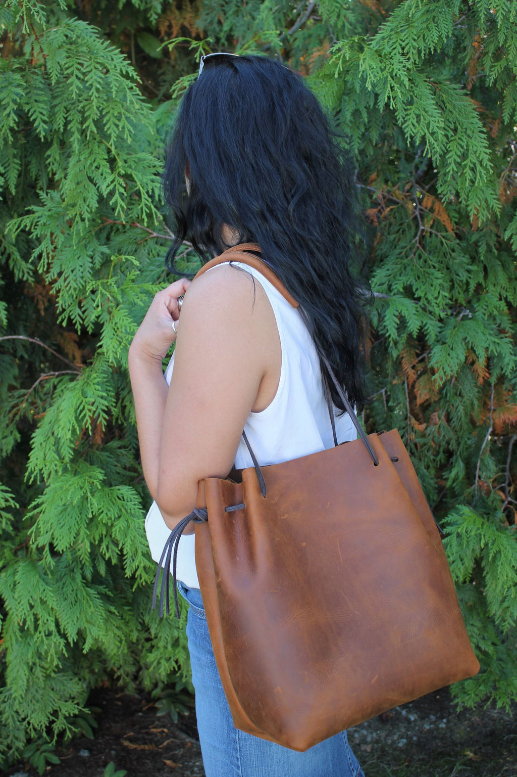 Leather Tote Bags: Saddle Brown Leather Hobo Bag