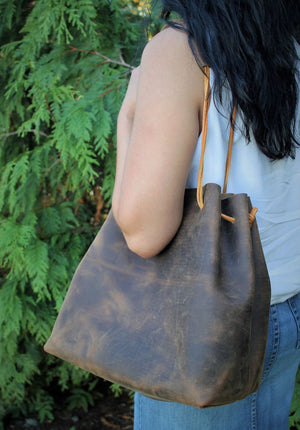 Leather Tote Bags: Distressed Brown Leather Tote Bag