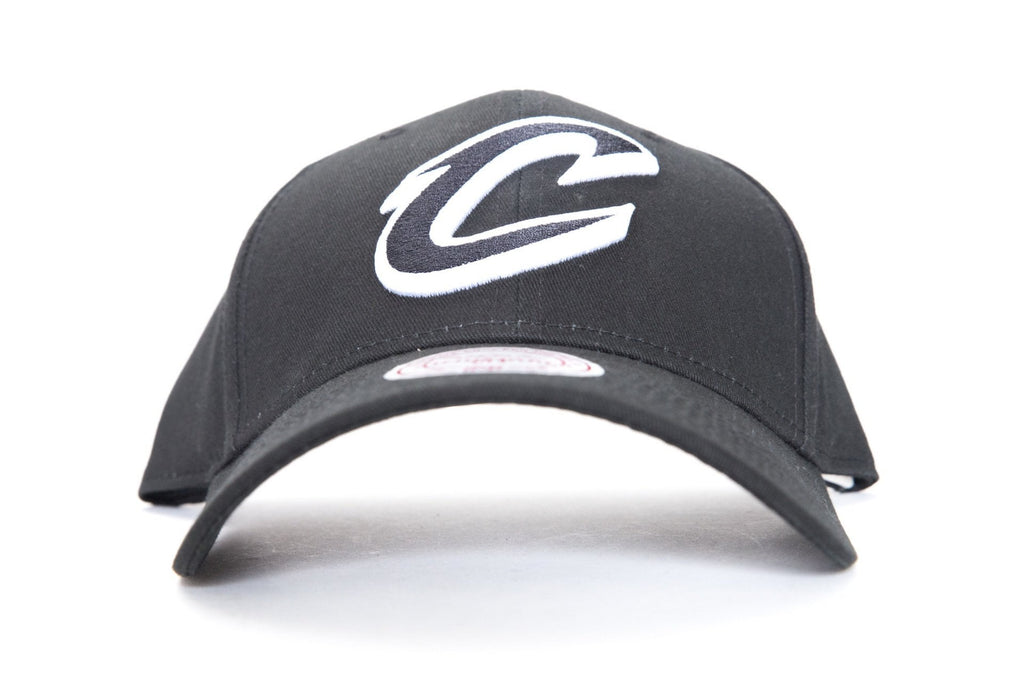 mitchell and ness cleveland cavaliers low pro cap