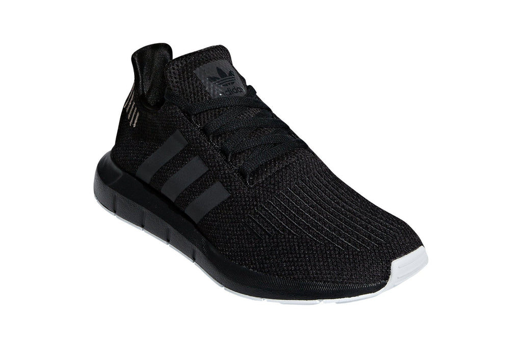 adidas womens swift run