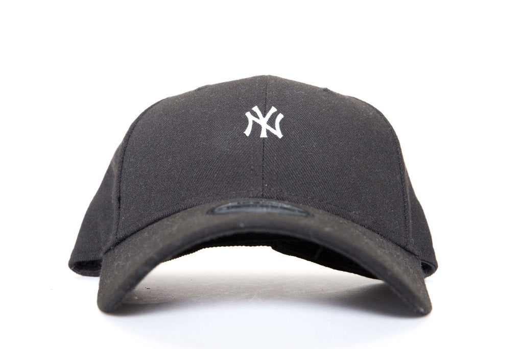 new era 920 new york yankees mini logo