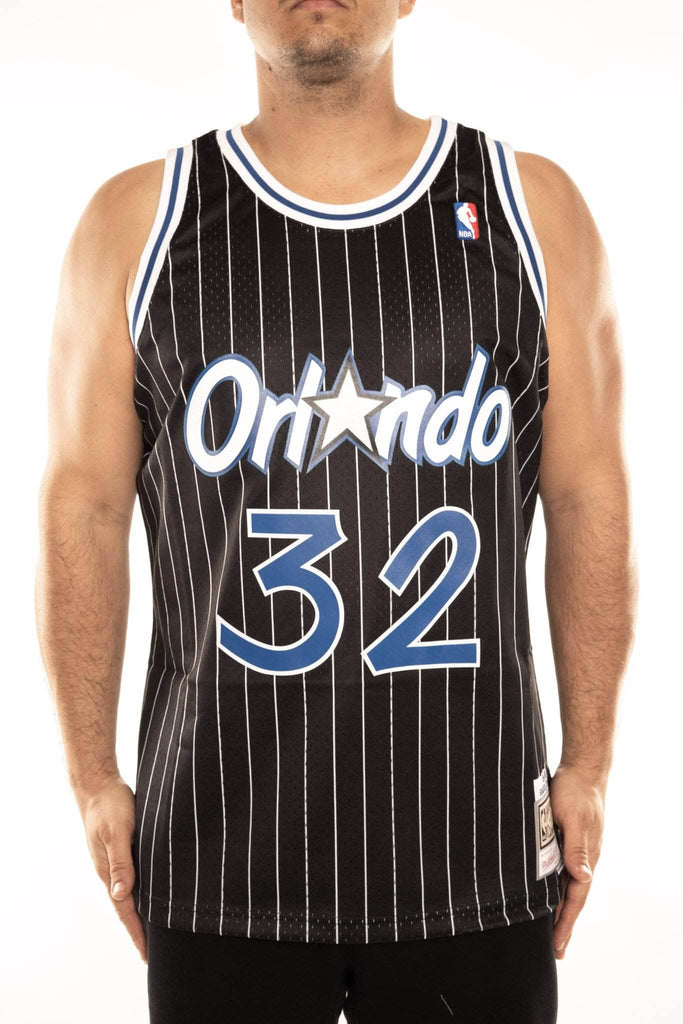 lowest price 45279 0a85a mitchell and ness magic shaq 32 alt 94-95 swingman jersey