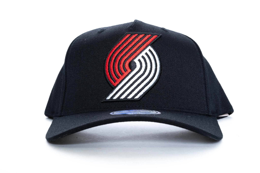 mitchell and ness portland trailblazers logo 110 snapback