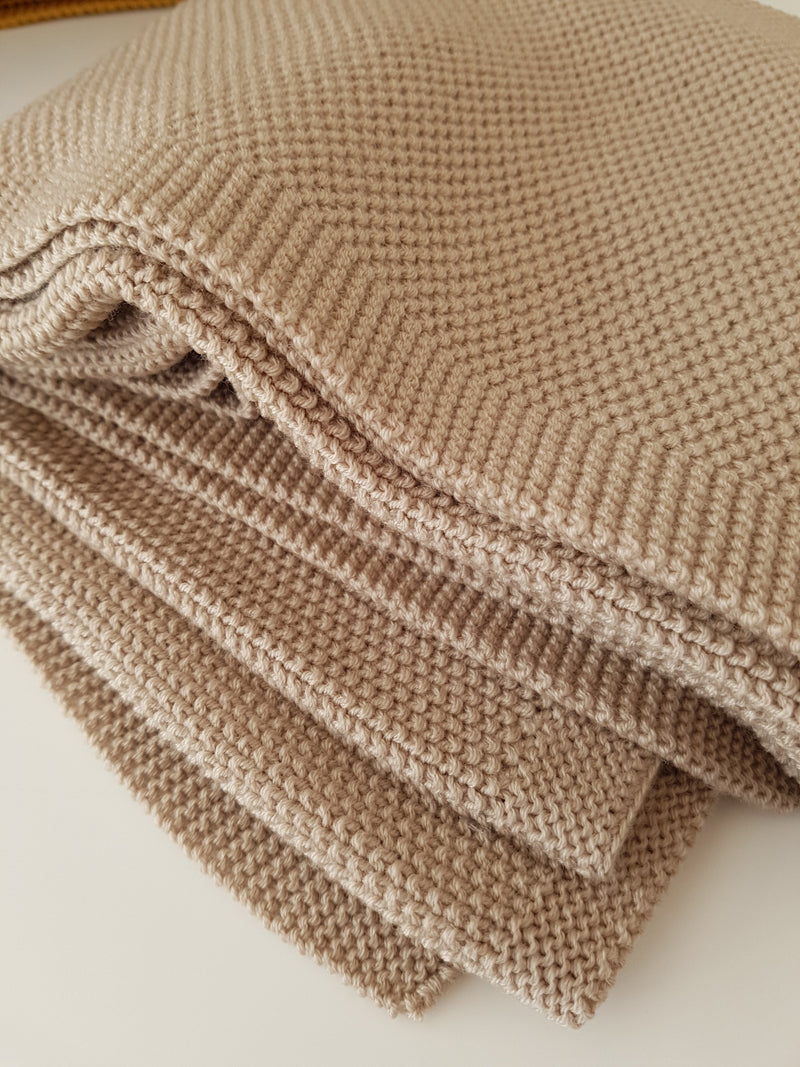 Baby Camel Moss Stitch Blanket - Lou and Olly