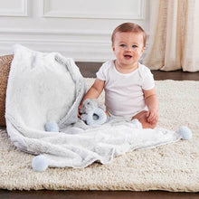 Load image into Gallery viewer, Luxury Baby Blanket & Rattle Gift Set (Blue)