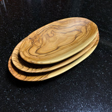 Load image into Gallery viewer, Olive Wood Oval Bowls