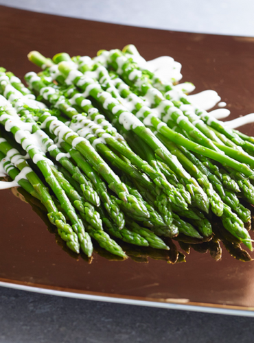 Asparagus with Vegan Blue Ch**se Salad Dressing