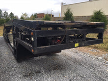 Load image into Gallery viewer, 2012 Titan T7 Long Neck Trailer