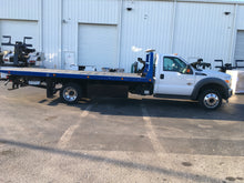 Load image into Gallery viewer, 2014 Ford F550 6.7 Jerr-Dan 20.5'St Carrier