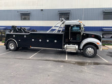 Load image into Gallery viewer, 2021 Peterbilt 337 Century 4024