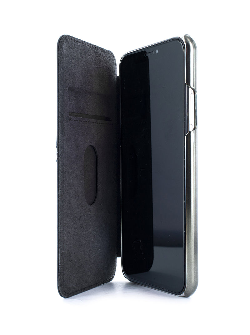 BLAKE Luxury Leather Case for iPhone 11 Pro - BELUGA (BLACK)/GUNMETAL
