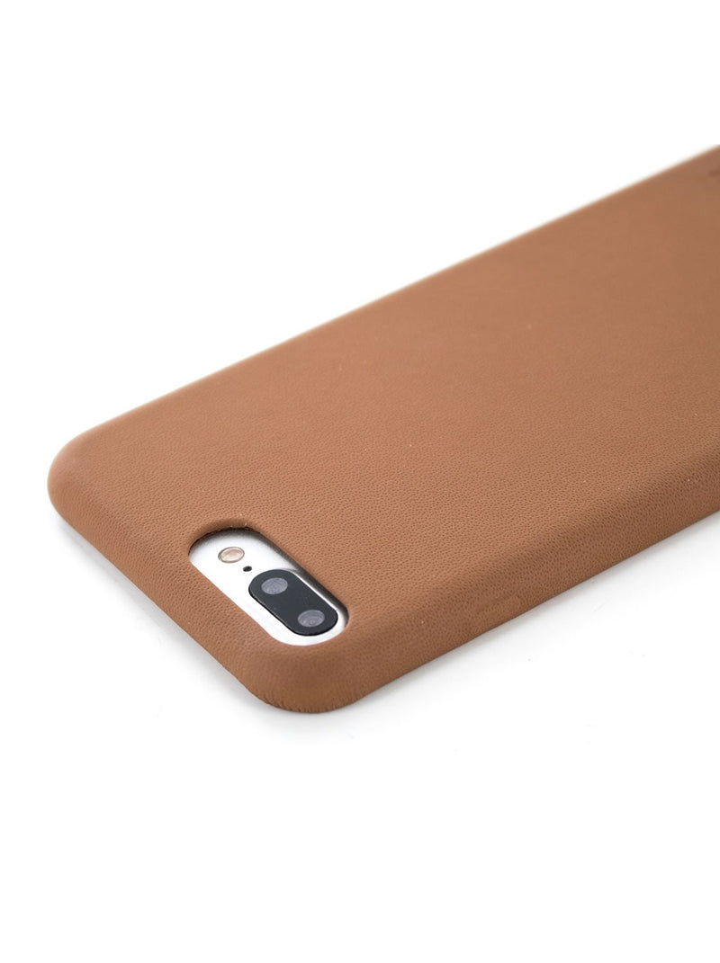 Detail image of the Greenwich Apple iPhone 8 Plus / 7 Plus phone case in Saddle Brown