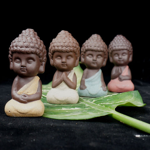 Small Buddha statue - healing-waves