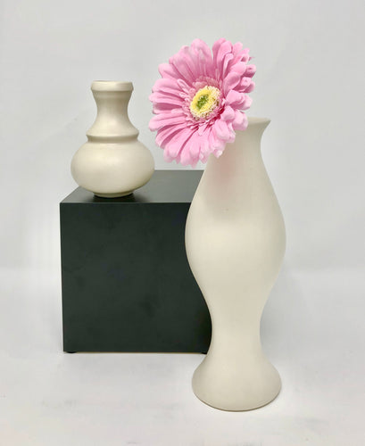 Eva Zeisel | Medium Vase - Roughan Home