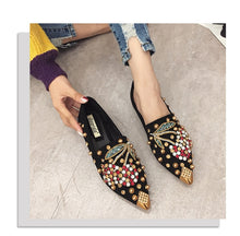 Load image into Gallery viewer, Rhinestone Pointed Toe Flats